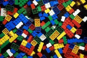Lavorazione materie plastiche conto terzi
