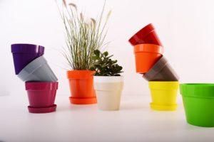 Lavorazione materiale plastico a disegno