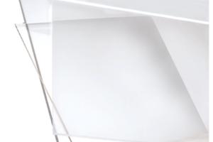 Materiale plastico trasparente in lastre